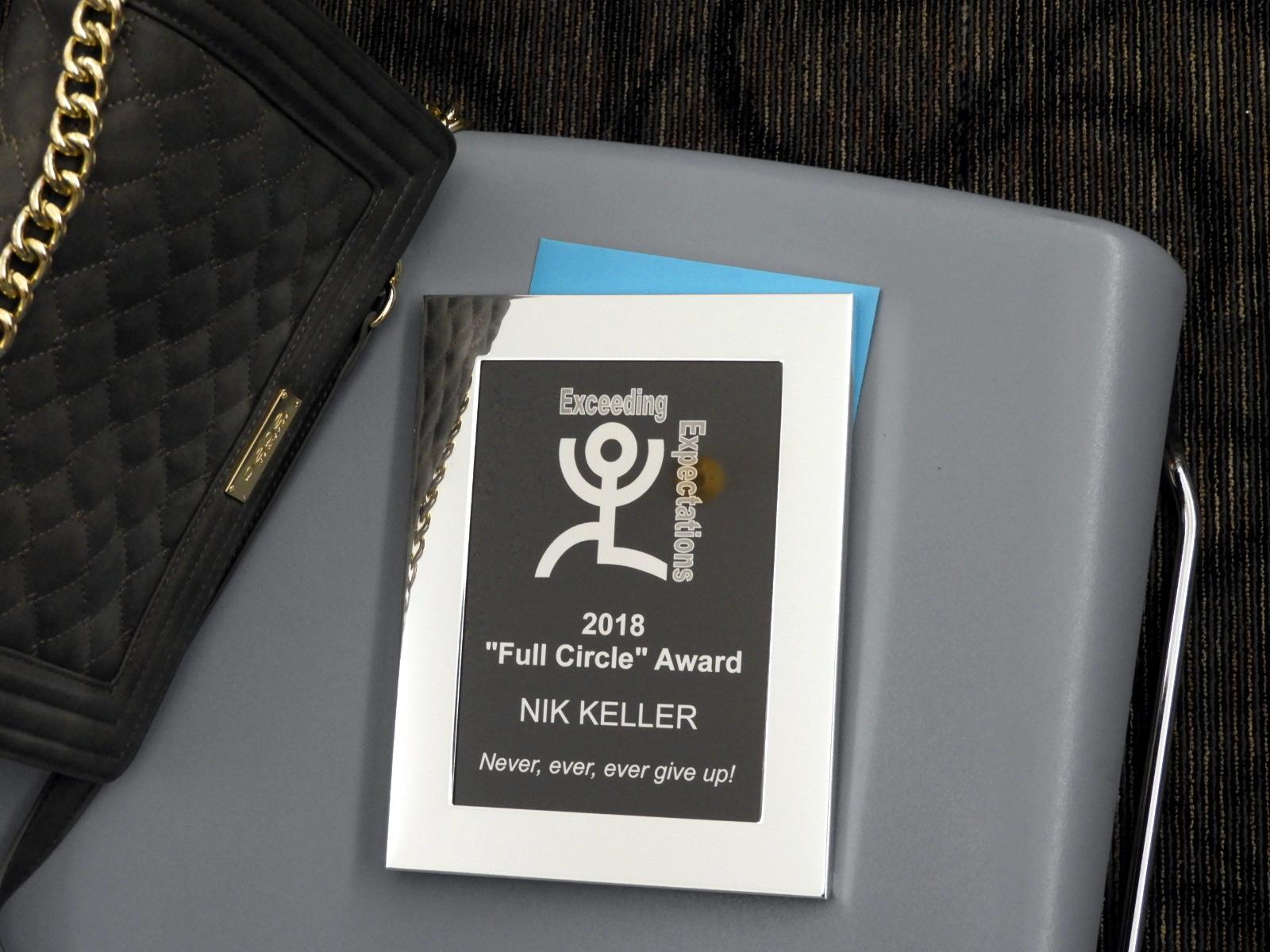 105-Nik-plaque