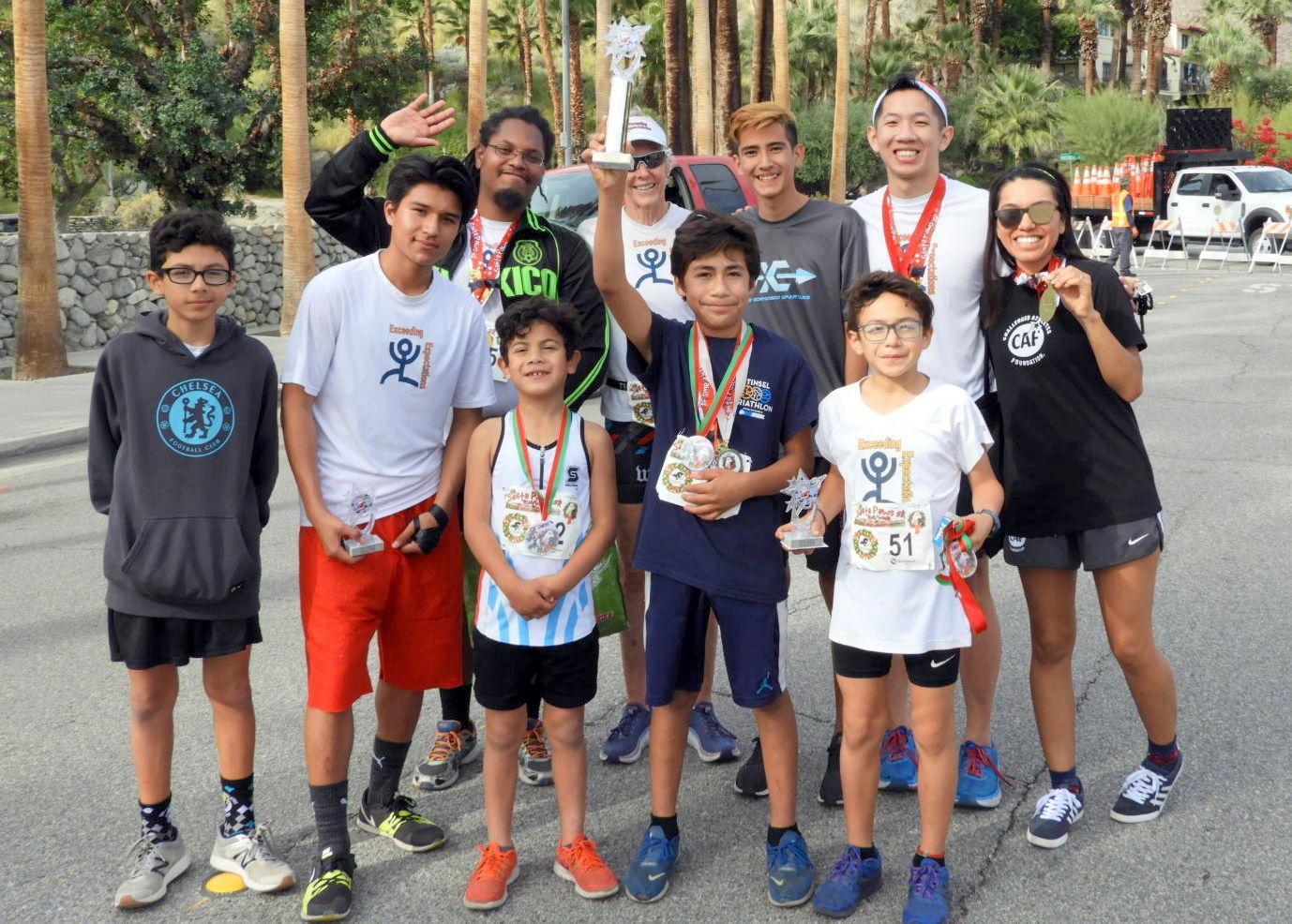 Santa-Paws-2018-team-trophy